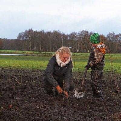 FÖJlerin Mareike: voller Einsatz beim Naturschutznachwuchs