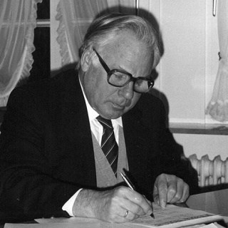 Fritz Kellinghusen, VNP chairman from 1985 - 1993