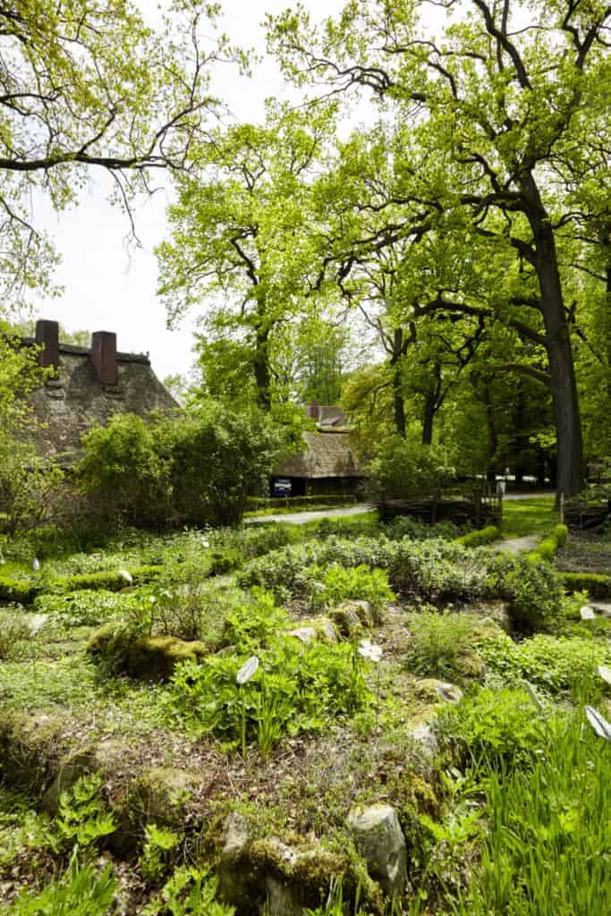 Herb, perennial and vegetable garden next to the Emhoff | Photo: Burmester