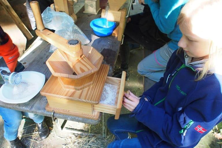 VNP School Farm: Self-ground flour | VNP Children's Academy