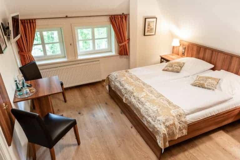 Double room in the Hotel Landhaus Haverbeckhof in Niederhaverbeck | Photo: Markus Tiemann